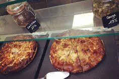 Quiches chaudes ! #hot #quiche #pie #homemade #delicious #tasty #yummy #monday #rain #rainyday #restaurant #lunch #bonneadresse #paris9 #lamaisondesproteines #nofat #regime #nutrition #fitfood #healthy #lmp #picoftheday