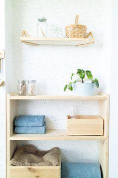 zona de lavanderia #DIY #laundry #lavanderia Nordic Home, Diy, Shelves, Modern, Kitchen, Home Decor, Crates, Furniture, Shelving