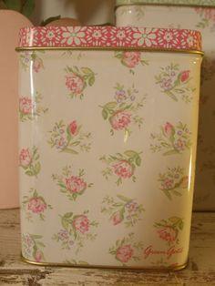 Greengate, pink floral tin