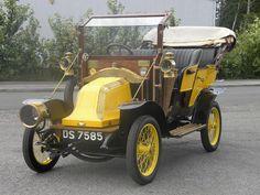 France. 1910 Renault AX Tourer