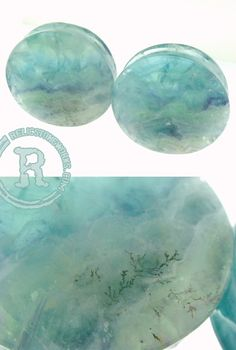 pretty fluorite plugs ! I love theseee ! I really need to stretch my ears.