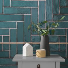 Lampas Peacock has been unveiled as Topps Tiles& Tile of the Year 2019 These ceramic wall tiles will make a big statement. Bad Inspiration, Bathroom Inspiration, Bathroom Wall, Bathroom Interior, Small Bathroom, Peacock Bathroom, Kitchen Wall Tiles, Bathroom Ideas, Bathroom Tile Patterns