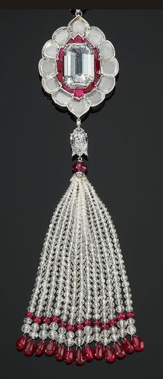 Pendant brooch set with diamonds and rubies by Bhagat, Mumbai. The Al Thani Collection © Servette Overseas Limited 2014. Photo: Prudence Cuming Associates Ltd