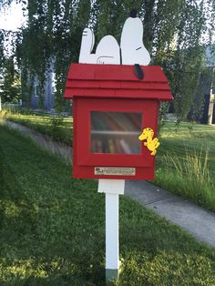 Calling all Snoopy fans! Snoopy's doghouse has been turned into a Little Free Library. This one was found in Woodbine. http://totallycalgary.ca/woodbine-2