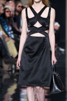 Christopher Kane Spring 2015 Runway Pictures - StyleBistro