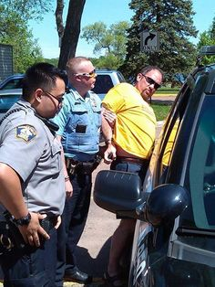 Libertarian Gubernatorial Candidate Brutally Arrested For Gathering Signatures For Ballot Access - Tea Party Command Center