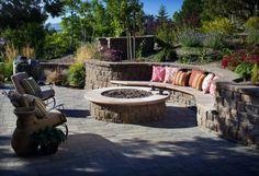 Exotic Living Room In Outdoor With Rock And Stone Idea : Pretty Outdoor Living Room Ideas For Welcoming Guests Diy Fire Pit, Fire Pit Backyard, Photomontage, Outside Pool, Outdoor Living Rooms, Corner Garden, Outdoor Fire, Hearth, Backyard Landscaping