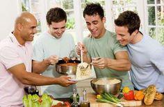 Männerkochkurs als Geschenk zum Verwöhnen für deinen Bruder. Du profitierst später garantiert von dieser Investition :-)