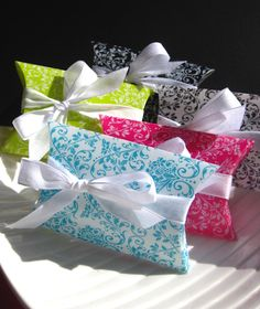 Gift Wrap- DAMASK PILLOW Boxes - Set of 5 Creative, Fun Gift Wrapping for Jewelry, Pinback Buttons, Party Favors, via Etsy.