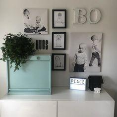 Just one word. #livingroomdecor #livingroom #olohuone #myhome #homeinterior #interior #instahome #inredning #home #homedecor #homeinterior #sisustus #sisustusinspiraatio #asetelma #olohuone #homeinspo #peace
