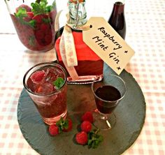 Fruit Spirits are super easy, super yummy and make great presents - this Raspberry and Mint Infused Gin is by far the most popular one I make. Flavored Alcohol, Flavoured Gin, Homemade Alcohol, Homemade Liquor, Blackberry Gin, Raspberry Gin, Gin Recipes, Alcohol Recipes, Cocktail Recipes