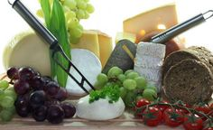 TIPS...Vine&Chees. ENJOY&Like Me. Viini ja juusto muodostavat täydellsen makuparin.
