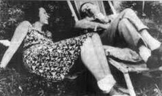 Stare sul pezzo!: AGOSTO 1931 - ADOLF HITLER UNO SCAPOLO DI 42 ANNI ...
