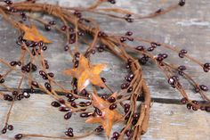 Pip Berry Garland Burgundy Red with Rusty Stars 60 inch Country Primitive Decor Berry Garland, Star Garland, Primitive Homes, Country Primitive, Primitive Decor, Country Treasures, Diy Backdrop, Fake Flowers, Flower Frame