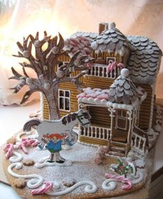 LOVE this Gingerbread house.Pippi Longstocking and her horse Gingerbread Castle, Cool Gingerbread Houses, Gingerbread House Designs, Christmas Gingerbread House, Gingerbread Cookies, Miniature Christmas, Christmas Goodies, Christmas Baking, Christmas Crafts