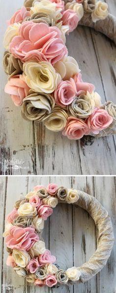 41 Awesome DIY Burlap and Felt Flower Wreath
