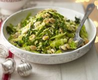 Savoy cabbage with almonds