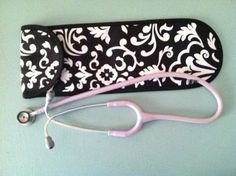 Thirty_One's Flat Iron Case can be use for more than just that! www.mythirtyone.com/lindsayrose