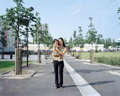 AOLA DE PIETRI HERE, AGAIN - 2003 - STAMPA DIGITALE AI PIGMENTI SU CARTA COTONE - cm 108x135 - ED. 5