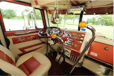 Keeping it classic #trucking #awesomeinteriors