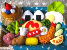 フエルトままごとお弁当★ふわふわパンケーキセット★オムライスのケチャップ選べます✨