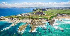 The Headland is a 4 star luxury hotel in Newquay, Cornwall. Available for wedding receptions and civil ceremony weddings. Best Hotel Deals, Best Hotels, Headland Hotel Newquay, Cornwall Hotels, Newquay Cornwall, Newquay Uk, Pride Of Britain, Top 10 Hotels, Holidays In Cornwall