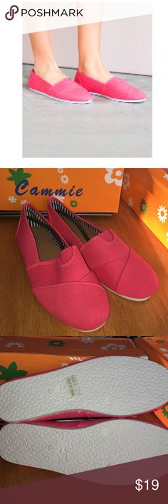Everyday canvas slip-ons Cammie coral canvas slip on shoes. In size 6.7 and 7. Very cute. cammie Shoes