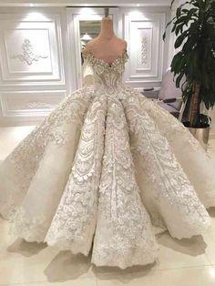 wedding inspiration the most beautiful wedding dresses from Pinterest 10