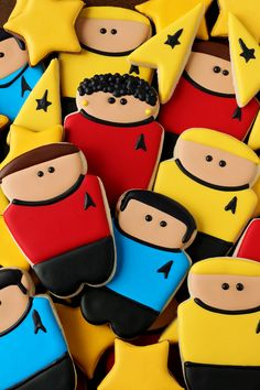 These Simple little Star Trek Cookies are Sugar Cookies decorated with Royal…