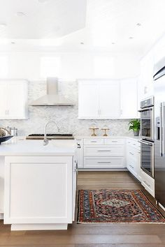 Always Unique - 15 Reasons Why You Need A Persian Rug In Your Kitchen - Photos