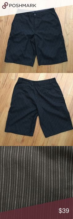 O'Neill NWOT Men's Striped Shorts size 32 Excellent condition O'Neill Shorts Flat Front