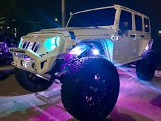 Jeep Wrangler Accessories Discover Visit the post for more. Jeep Wrangler Accessories, Jeep Accessories, Jeep Wranglers, Jeep Wrangler Lifted, My Dream Car, Dream Cars, Blue Jeep, White Jeep, Jeep Photos