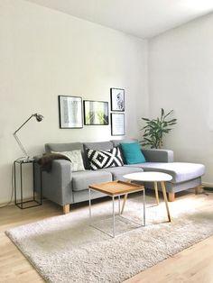 Schöne und moderne Wohnzimmer-Einrichtungsinspiration. #Ecksofa #Teppich #interior
