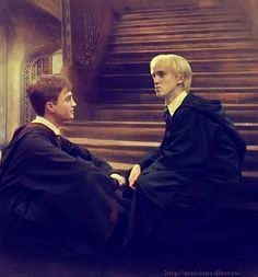 Draco & Harry C'mon grab the hand of the other. Drarry Draco Malfoy Harry Potter feltcliffe