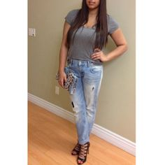 Wilfred Free T-shirt, Zara boyfriend jeans, Zara heels, H&M clutch