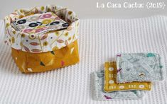 {DIY} Makeup remover wipes and bag - La Casa Cactus Reusable makeup remover wipes and their little baskets are a hit in our home. It's an easy sew and a great way to recycle your fabric remnants. Diy Makeup Remover Wipes, Best Makeup Remover, Makeup Wipes, Coin Couture, Couture Sewing, Sewing Crafts, Sewing Projects, Sewing Ideas, Diy Papier