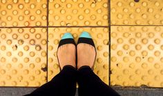 DIY: colorblock toe shoes