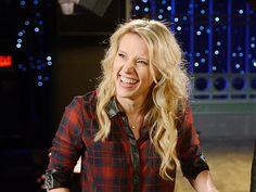 Celebrities like Kate McKinnon have to work much harder as Madison Avenue imports a TV staple - ads with famous people - to digital venues Pretty People, Beautiful People, Kate Mckinnon, Amy Poehler, Saturday Night Live, Dressed To Kill, Celebs, Celebrities, Girl Crushes