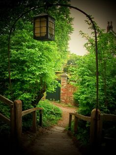 Lantern Lane.   Okay. So it's an arch and fence. I still like it   :D