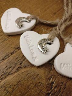 Easy DIY wedding favor idea with air dry clay!