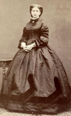 Infanta Antonia of Portugal, Princess of Saxe Couburg Gotha and Duchess of Saxony (1845-1913), daughter of the Queen of Portugal Maria II and the Prince of Saxe Couburg Gotha Ferdinand. Wife of the prince Léopold de Hollenzollern Sigmaringen