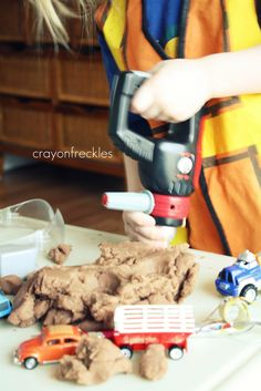 crayonfreckles: construction worker dramatic play with play dough