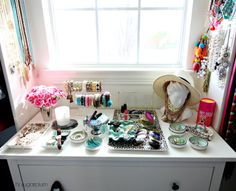 29 UHeart Organizing: An Eclectic Jewelry Display I am hoping that today I can inspire you to think outside of the jewelry box, and set up a little in-home boutique for your favorite bangles. Jewellery Storage, Jewellery Display, Jewelry Box, Diy Jewelry, Chester Drawers, Alex Drawer, Purse Organization, Girl Room, Storage Solutions