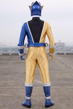Power Rangers Dino, Kamen Rider, Gold, Japan, Spandex, Anime, Power Ranger Birthday, Cartoon Movies, Anime Music