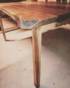 """Gefällt 1 Mal, 0 Kommentare - Christian Sommer (@sommer__christian) auf Instagram: """"Nuss Tischchen für 6 bis 8 Personen!!! Bitte Teilen, ist noch Herren bzw. Frauen los"""" Furniture, Instagram, Home Decor, Old Wood, You're Welcome, Summer, Table, Decoration Home, Room Decor"""