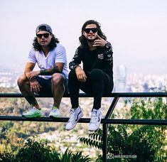 Chris and Alex Dvbbs