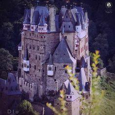 present  I G  O F  T H E  D A Y  P H O T O |  @diokaminaris  L O C A T I O N | Eltz Castle - Germany  __________________________________  F R O M | @ig_europa  A D M I N | @emil_io @maraefrida @giuliano_abate S E L E C T E D | our team  F E A U T U R E D  T A G | #ig_europa #ig_europe  M A I L | igworldclub@gmail.com S O C I A L | Facebook  Twitter M E M B E R S | @igworldclub_officialaccount  C O U N T R Y  R E Q U I R E D | If you want to join us and open an igworldclub account of your…