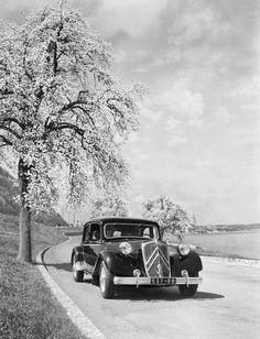 happy 80th birthday to France's first traction avant car the Citroen 7CV..  (Traction Avant is front wheel drive in French)