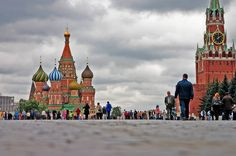 Discover the highlights of the Classic Trips: Helsinki to Moscow itinerary, created by the Fodor's editors. Moscow Red Square, Vacation Days, Sail Away, Helsinki, Historical Sites, Barcelona Cathedral, Taj Mahal, Europe, Classic