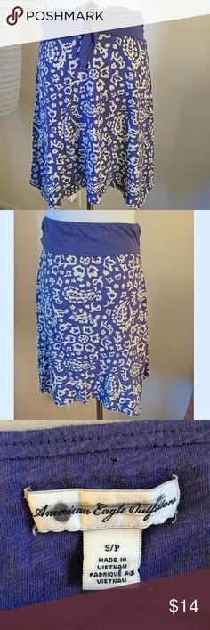 American Eagle bandana tie style skirt American Eagle bandana tie style skirt, very soft and comfy! Blue and off white. American Eagle Outfitters Skirts Midi